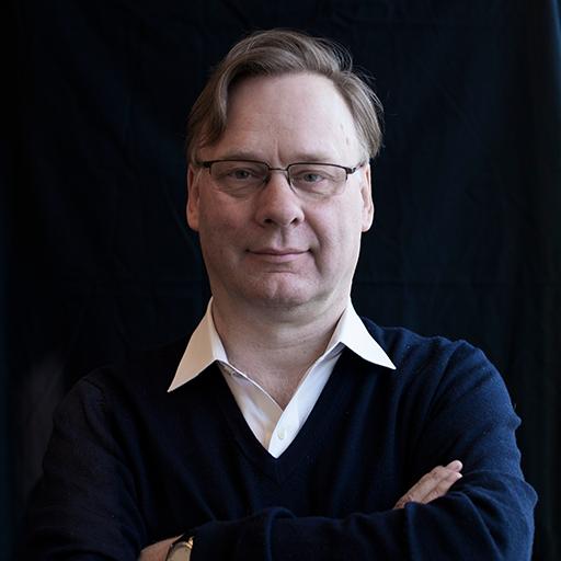 Martin Reeves_bio_portrait
